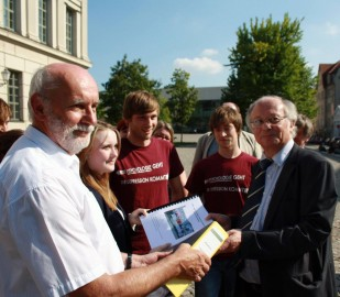 5.392 Unterschriften gegen die Schließung der Geographie an der Martin-Luther-Universität Halle-Wittenberg